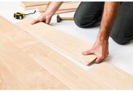 Czym się kierować wybierając panele na podłogę?
